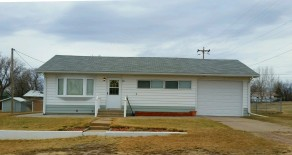 321 N Jensen Ave, Broadus, MT