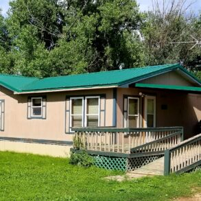 726 S Lincoln Ave, Broadus, MT